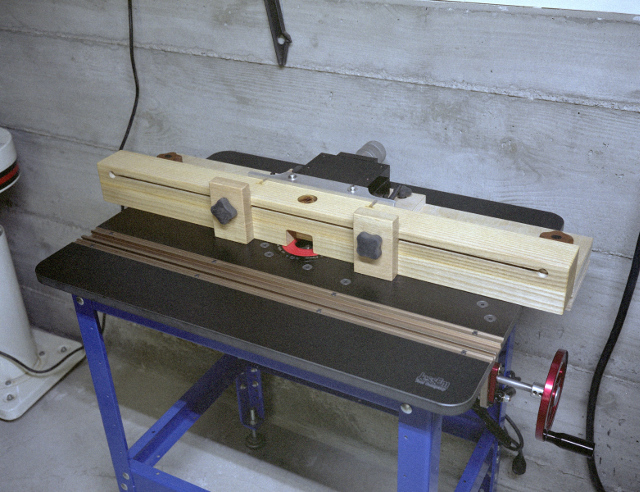 Routing table by jonlan lumberjocks woodworking community linear positioners often show up for little money on ebay or can be made with wood and an acme screw greentooth Choice Image